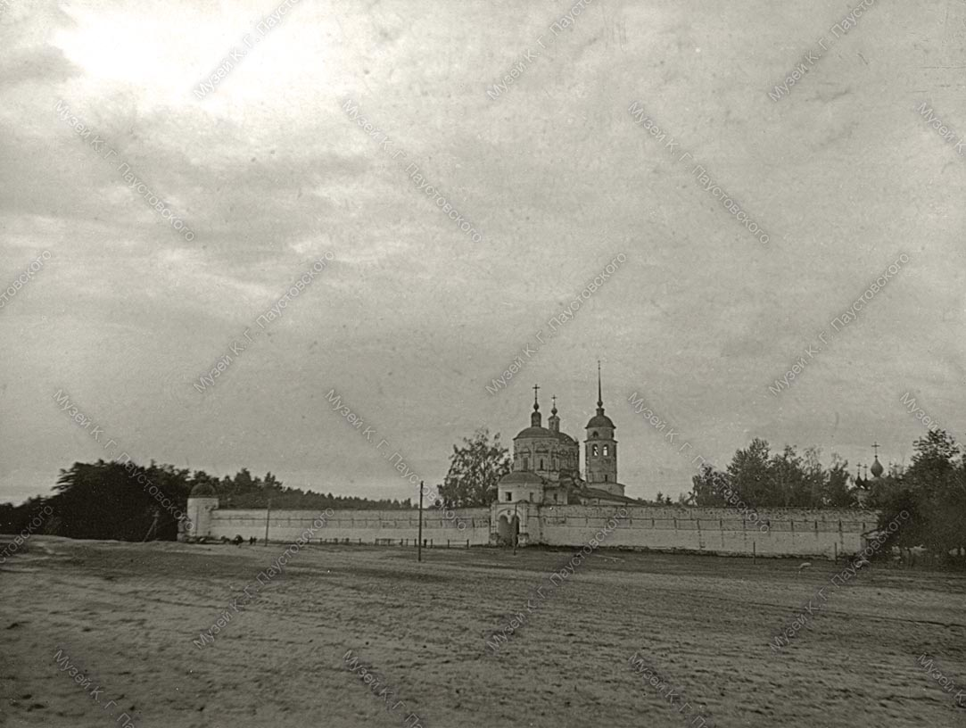 Монастырь в Солотче